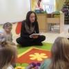 ,,Rodzice czytają dzieciom' mama Nel.