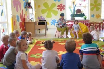 Rodzice Czytają Dzieciom, mama Ady i Antka.