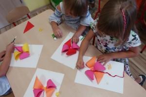 Dzień wiatraka  – wykonanie kolorowych wiatraków