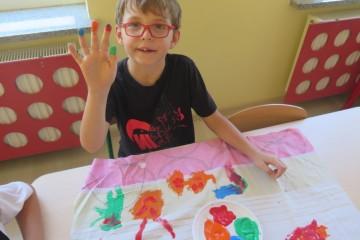 Kolorowy świat - malowanie na dużym formacie