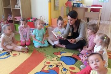 'Rodzice czytają Dzieciom ' mama OLI.
