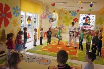 Karate w gr. Misiów i Kwiatuszków