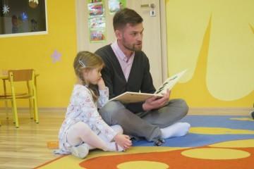 Rodzice czytają Dzieciom - tata Poli P.