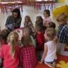 Rodzice czytają dzieciom, mama Lenki R.